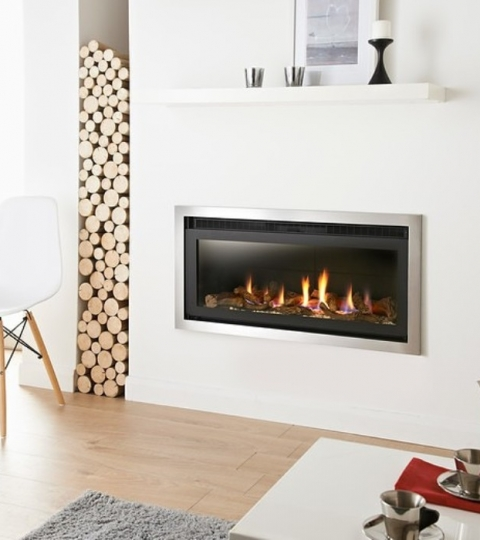 V STUDIO HE GLASS FRONTED HOLE IN THE WALL GAS FIRE