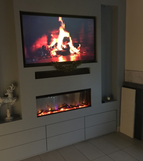 CELSI ELECTRIFLAME VR COMMODUS 40″ WALL MOUNTED INSET ELECTRIC FIRE